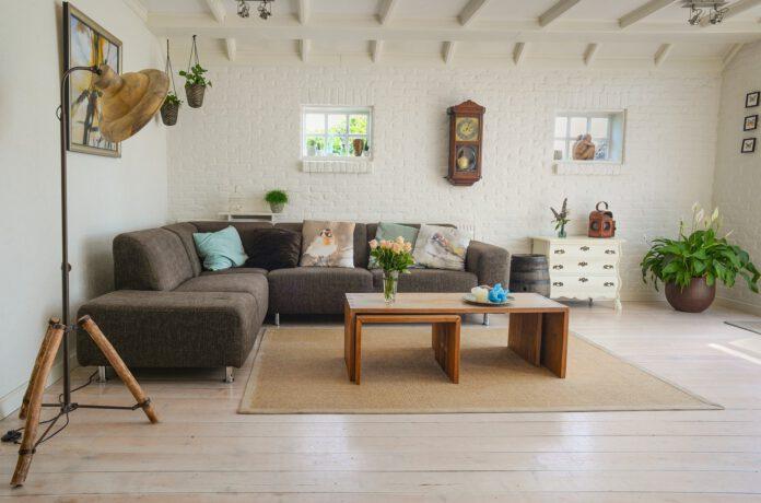 podłoga drewniana czy drewnopochodna
